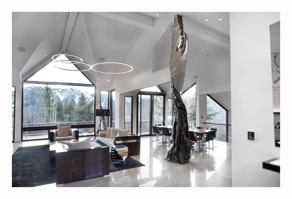 See National Sculptors' Guild Affiliate Christopher Owen Nelson's latest residential placement. Featuring monumental sculptures in glass, hand molded acrylic, bronze and mirror polished stainless steel... beautifully photographed in the Aspen, Colorado private residence. Images courtesy of Karl Wolfgang Photography.